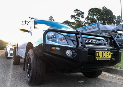 2012 Isuzu D-max commercial deluxe bullbar with 720mm lightbar
