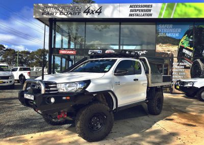 IRONMAN CUSTOM SINGLE LOOP HILUX BULLBAR
